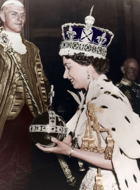 Queen Elizabeth wearing the Jaeger-LeCoultre Caliber 101 model, the smallest caliber watch ever made to this day