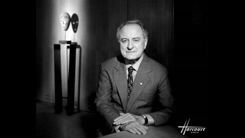 Pierre Bergé photographié par Studio Harcourt Paris, en 1998