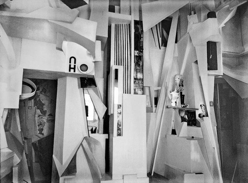 Kurt Schwitters Merzbau Photo: Wilhelm Redemann, 1933 © DACS 2007