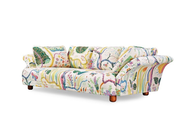 A real classic is found in this Liljevalchs sofa that Josef Frank designed for an exhibition at Liljevalchs Konsthall in 1934. This piece is auctioned off at Bukowskis Modern auction on April 21 & 22 with an estimate of $6,900.