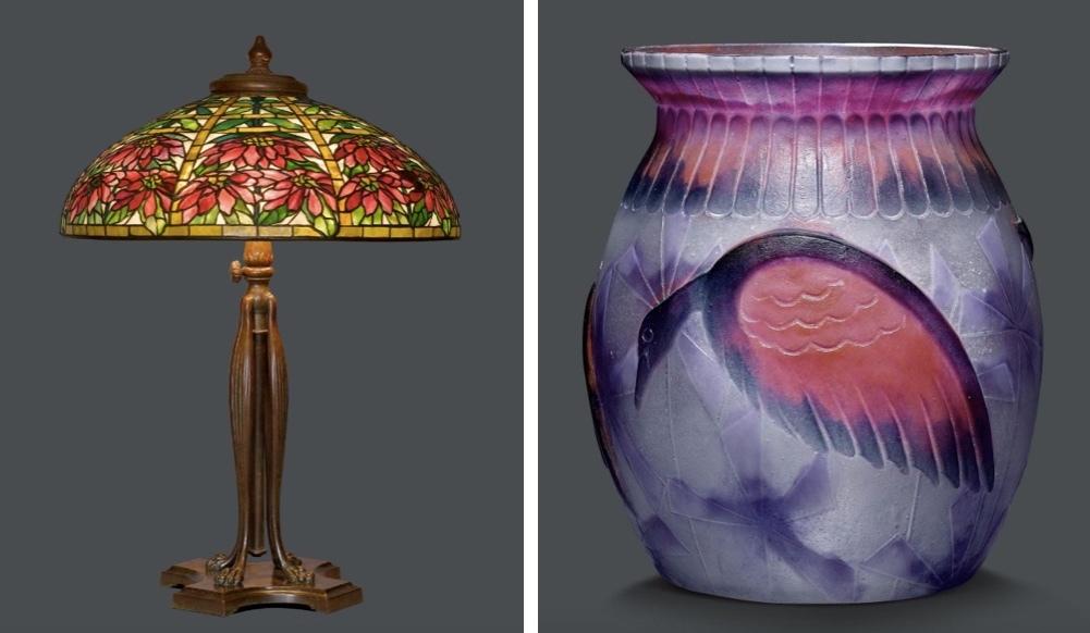 """Gauche: TIFFANY STUDIOS NY - Lampe """"Double Poinsettia"""", verre Favrile, bronze, signé, vers 1910 Droite: GABRIEL ARGY-ROUSSEAU (1885-1953) - Vase """"Oiseaux exotiques"""", Pâte-de-verre"""