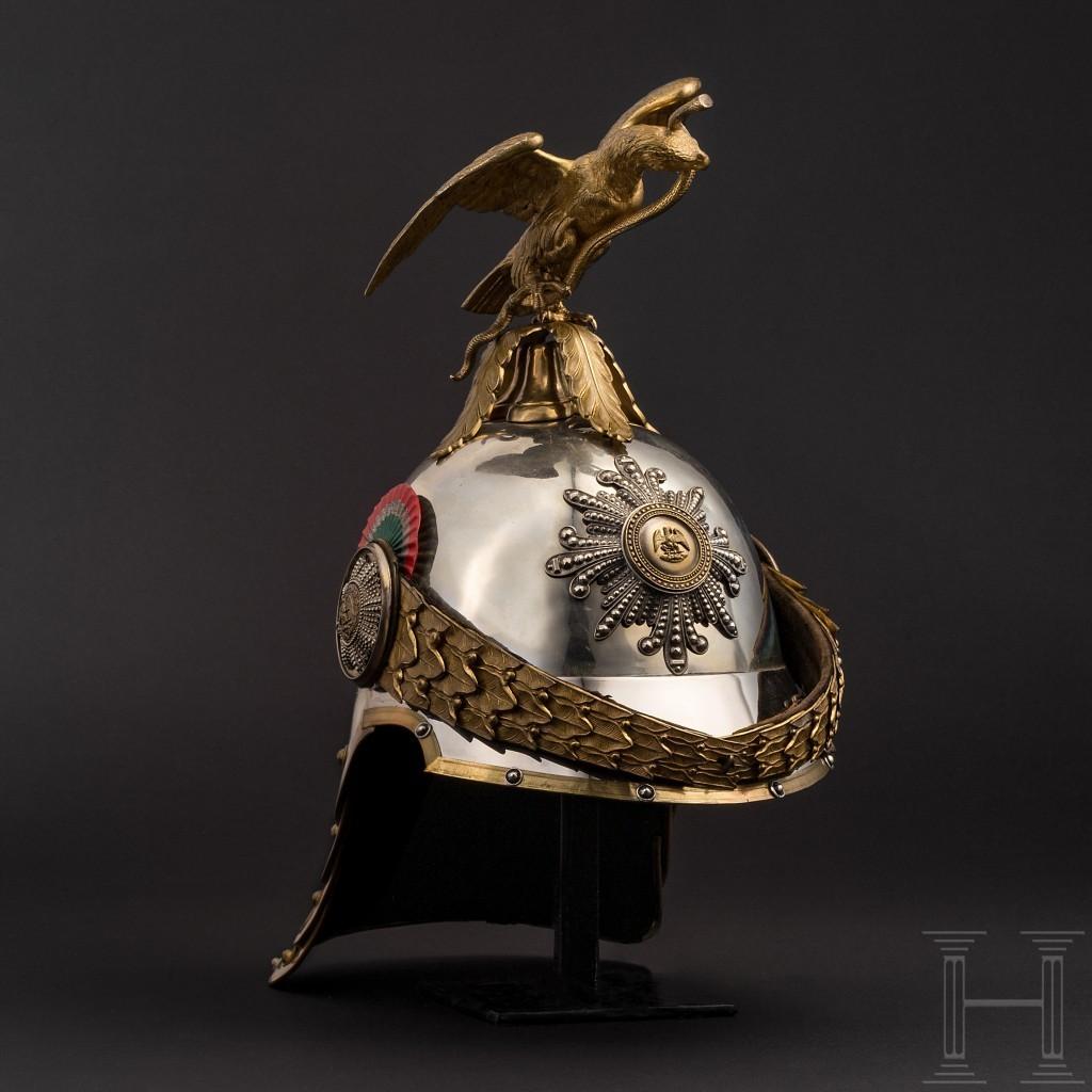 Elmo della guardia del palazzo sotto l'imperatore del Messico Massimiliano I, 1864-67. Foto: Hermann Historica