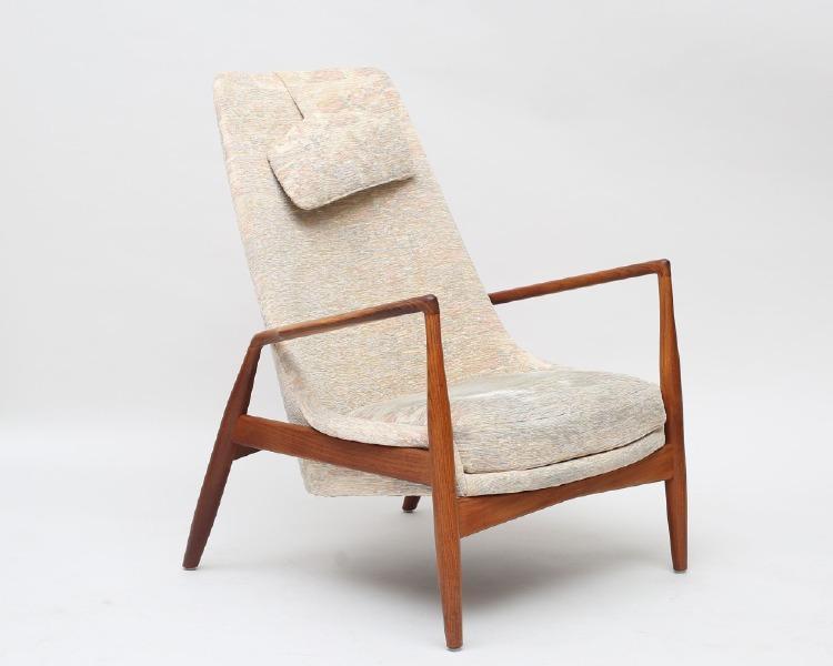 """Fåtölj """"Seal chair highback/Sälen hög"""" Ib Kofoed Larsen, OPE Möbler Jönköping, modell 800, teak, lös nackkudde (klädseln med smärre fläckar)"""