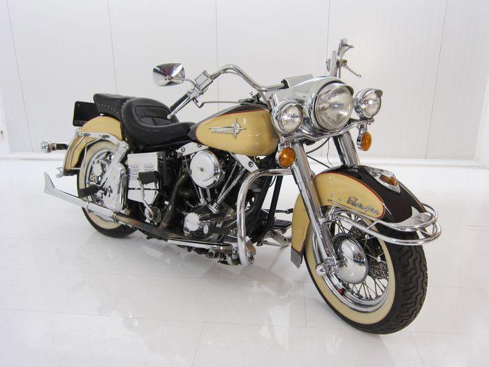 Harley Davidson - FLH Tour Electra Glide - 1979 Schätzpreis: 15.000-29.500 EUR Auktionsende: 15. Dezember, 20 Uhr