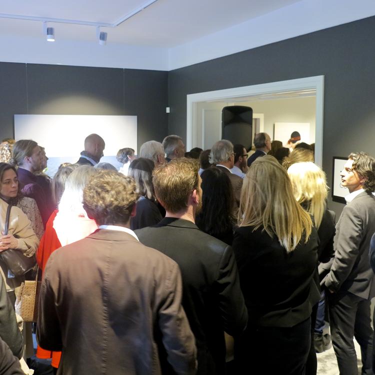 ...En presentation som var minst sagt populär att lyssna till bland alla de som kommit till invigningen.