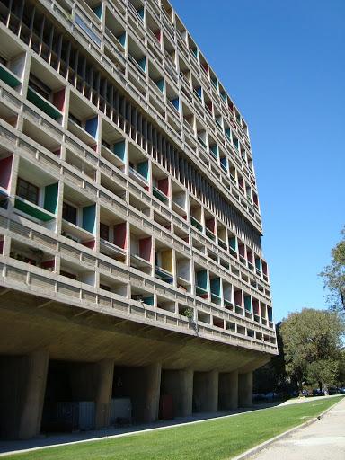 Unité d'habitation de la Cité radieuse de Marseille, image via Wikipedia