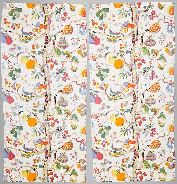 """Gardinlängder. Ett par, """"Vegetable Tree"""", Josef Frank, Firma Svenskt Tenn. Utrop: 1 500 sek. Bukowskis market."""