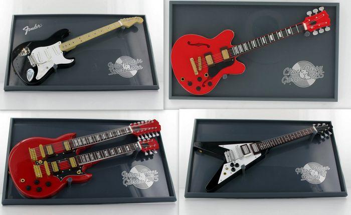 Atlas Mini Gitars Chuck Berry - Jimmy Page - Mark Bolan - Jimi Hendrix. Schätzpreis: 100 EUR. Catawiki