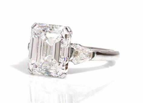 Bague diamant par Graff Artcurial Estimation: 250 000/270 000 €