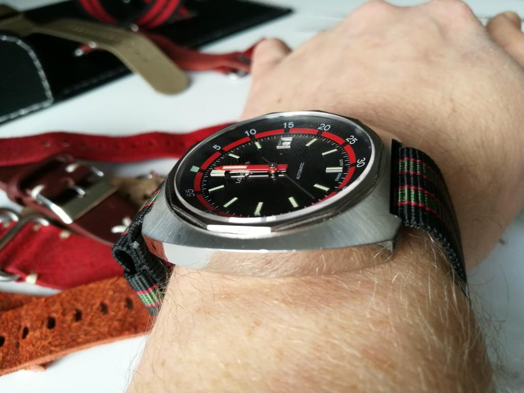 """Todays Wristshot: Longines Heritage Diver on a """"James Bond"""" Original Natostrap(black, red&green). Here I´ve tuckled it properly."""
