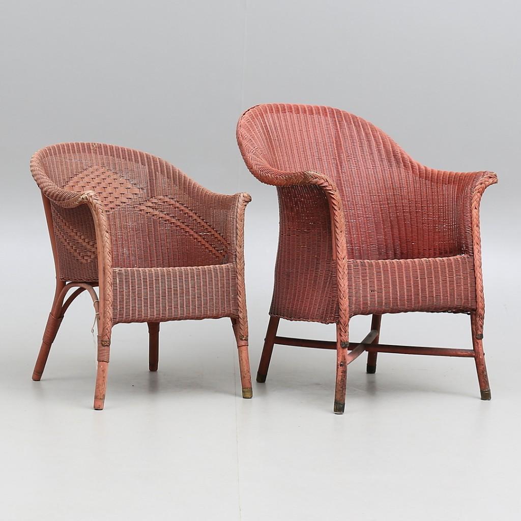 2 Lloyd Loom Chairs, England 20. Jh. Auktionshuset Thelin & Johansson