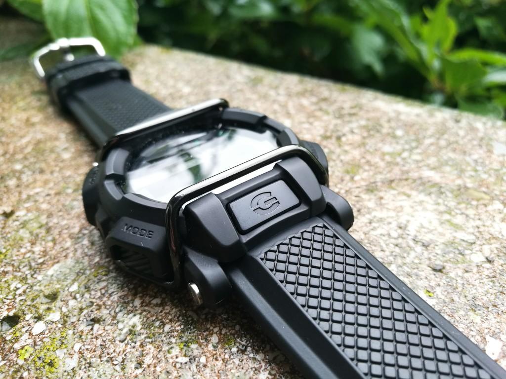 Todays Caseshot: Casio G-Shock MB400-1ER on a Hirsch caoutchoucstrap(photo: Johan Sehlstedt)