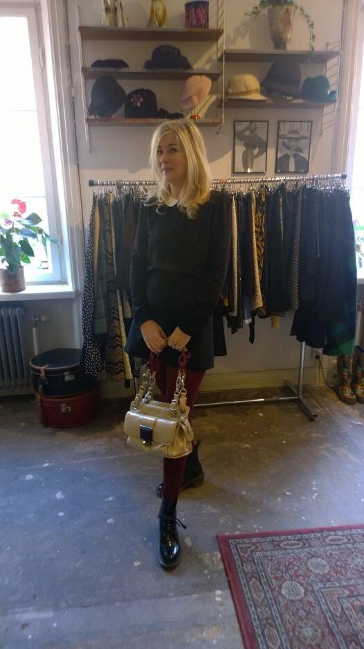 Jag, en av Lisa stamkunder och har har jag hittat en väska från Balenciaga.