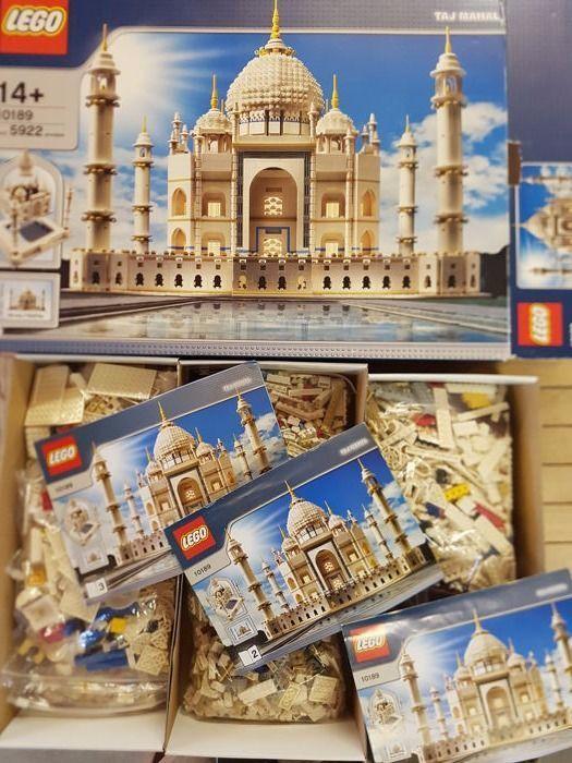 LEGO. 10189  Taj Mahal venduto per 1.800 euro sulla piattaforma Catawiki.