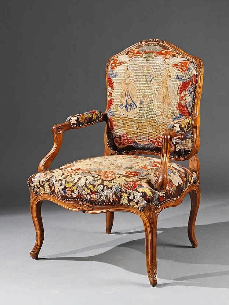 "Fransk ""fauteuil à la reine"" fåtölj. Utrop: 17 800 SEK. Lempertz"