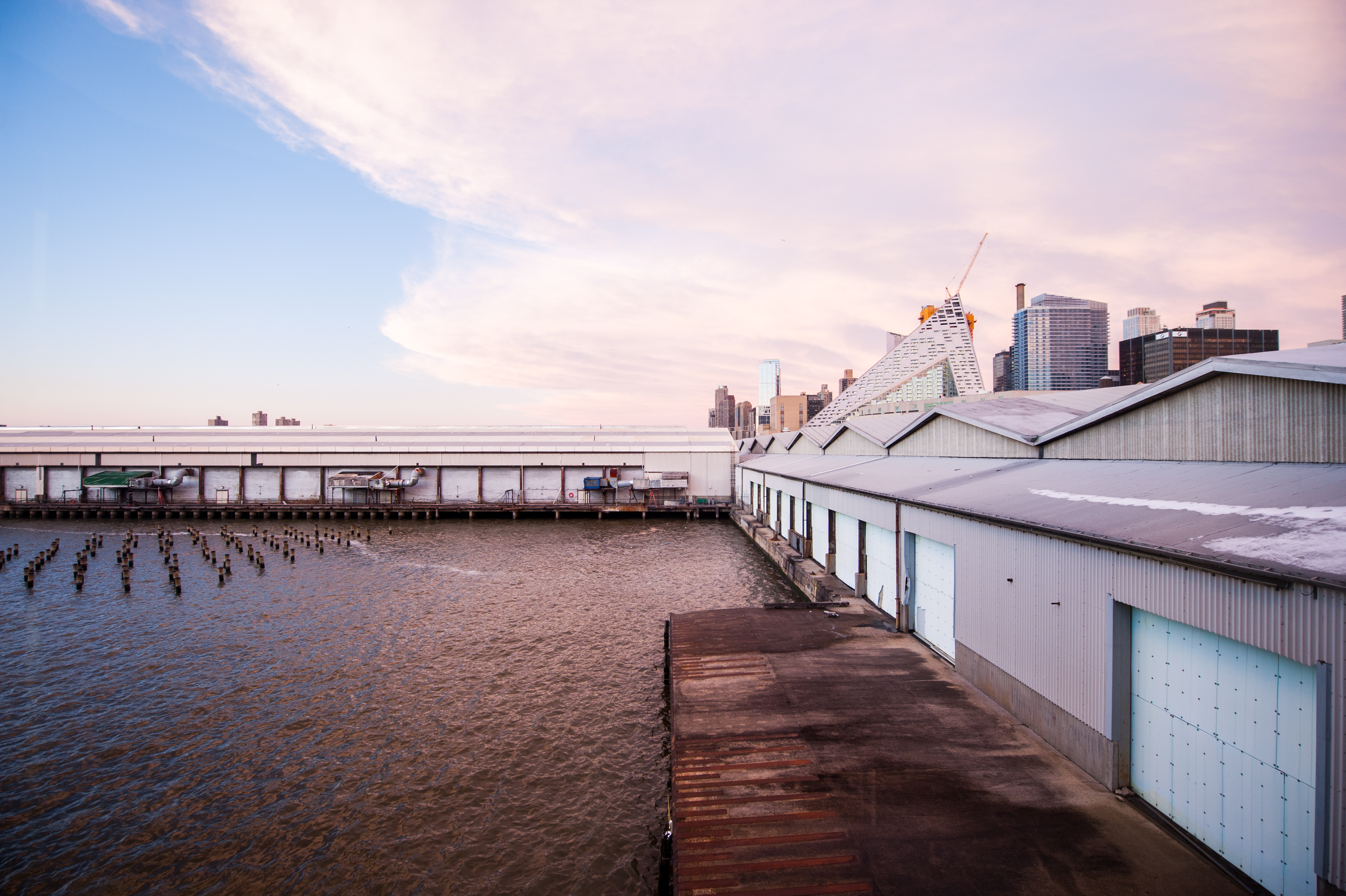 Piers 92 and 94. Photograph by Teddy Wolff. Courtesy of The Armory Show