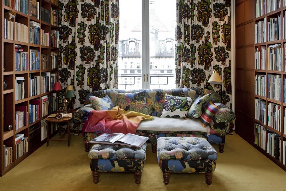 Die Regale in der Bibliothek wurden vom Architekten Per Öberg entworfen