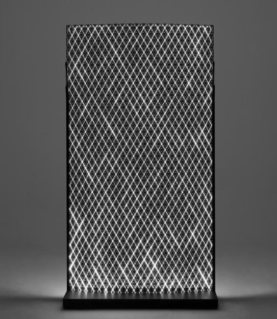 NODUS SCREEN LIGHT, 2014 Fibre de carbone, fibre optique, LED, aluminium Édition limitée à 12 exemplaires Image via Tajan