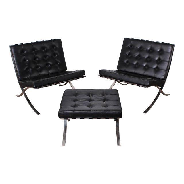 MIES VAN DER ROHE Paar Barcelona Chairs mit Ottomane, KNOLL/ART METALL 1960er Jahre DECASO
