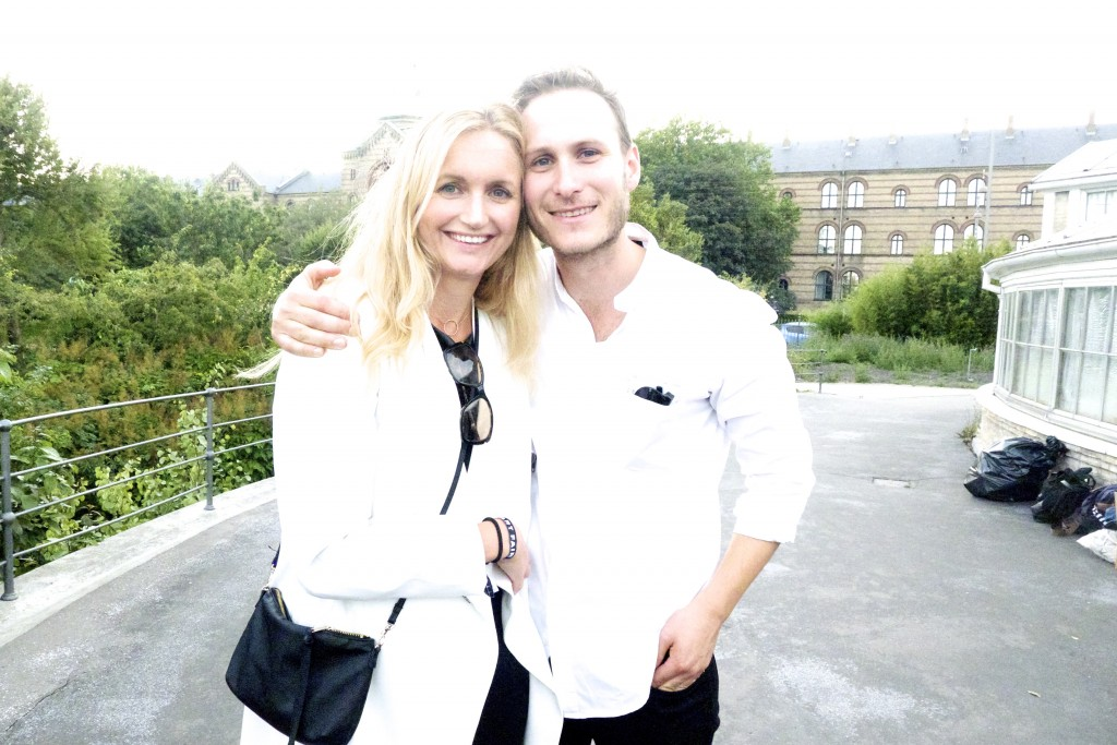 Joanna Sundström, Simon Friese