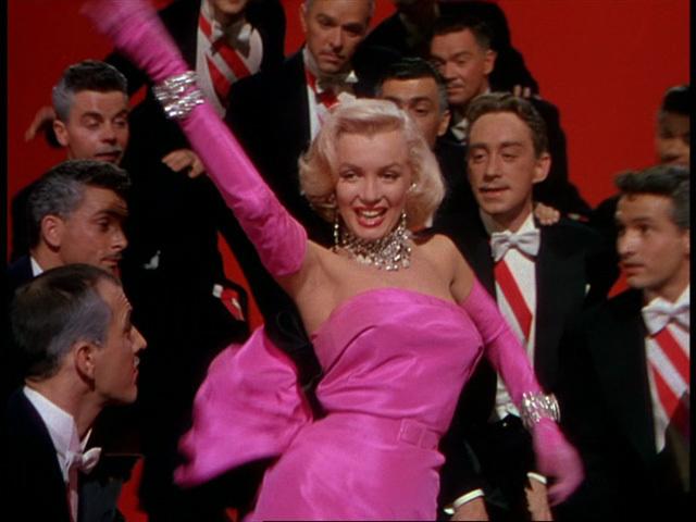 Marilyn Monroe (1926 - 1962) Bild via pinimg.com