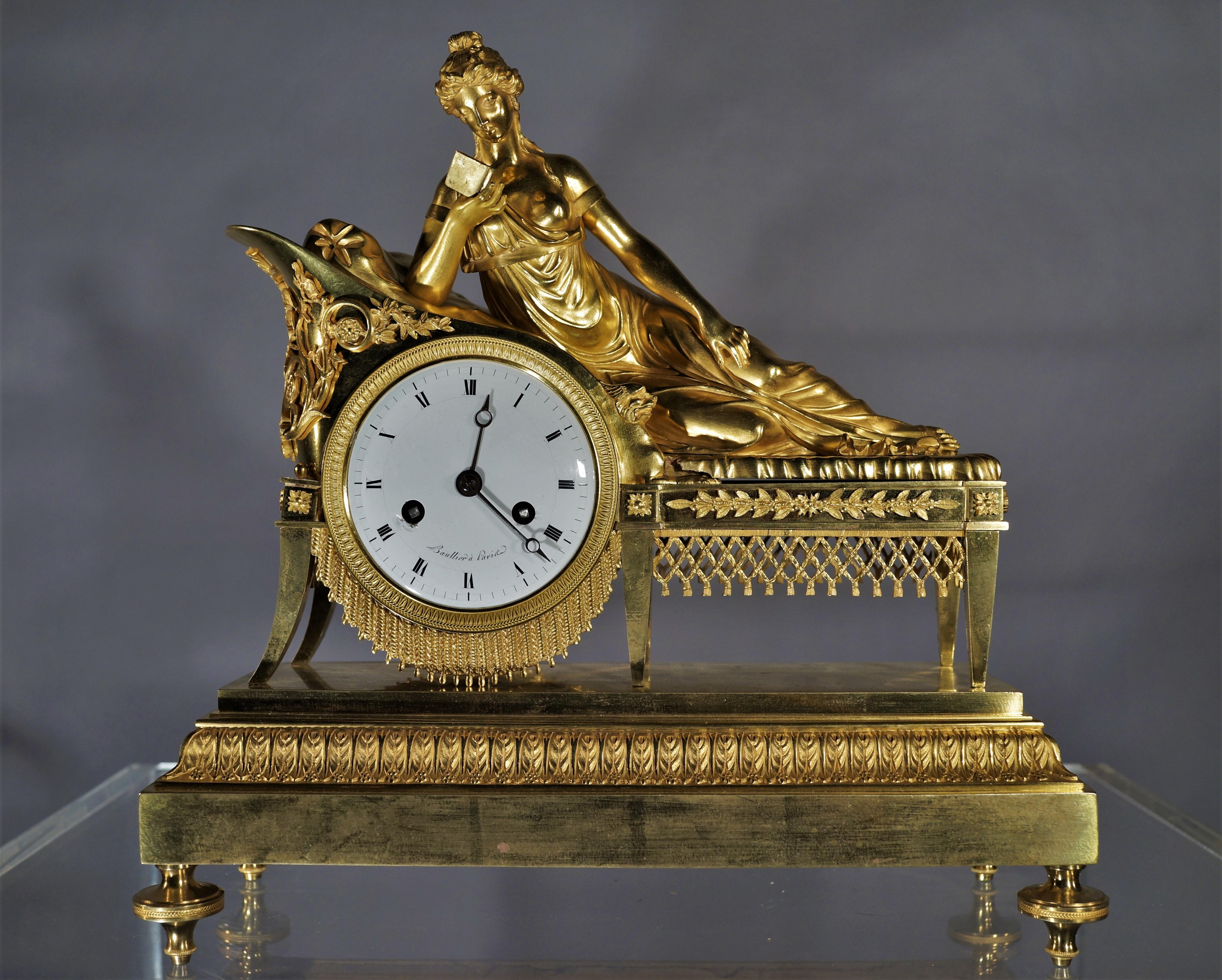 Wunderschöne figürliche Pendule nach Pierre-Joseph Michel aus vergoldeter Bronze