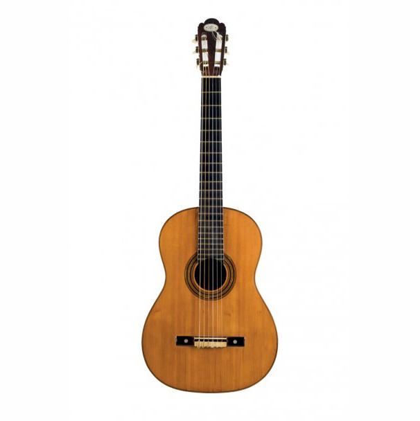 Guitare conçue par Antonio de Torres en 1867