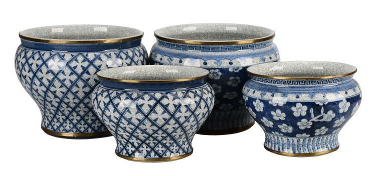Ytterfoder, 4 st, porslin, Asien. Utrop: 300 Sek. Formstad Auktioner