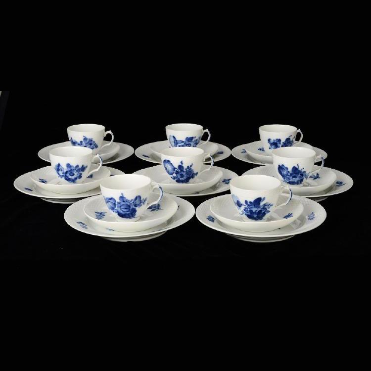 "Servisdelar, 36 st, porslin, ""Blå Blomst"", Danmark, Royal Copenhagen. Formstad Auktioner"
