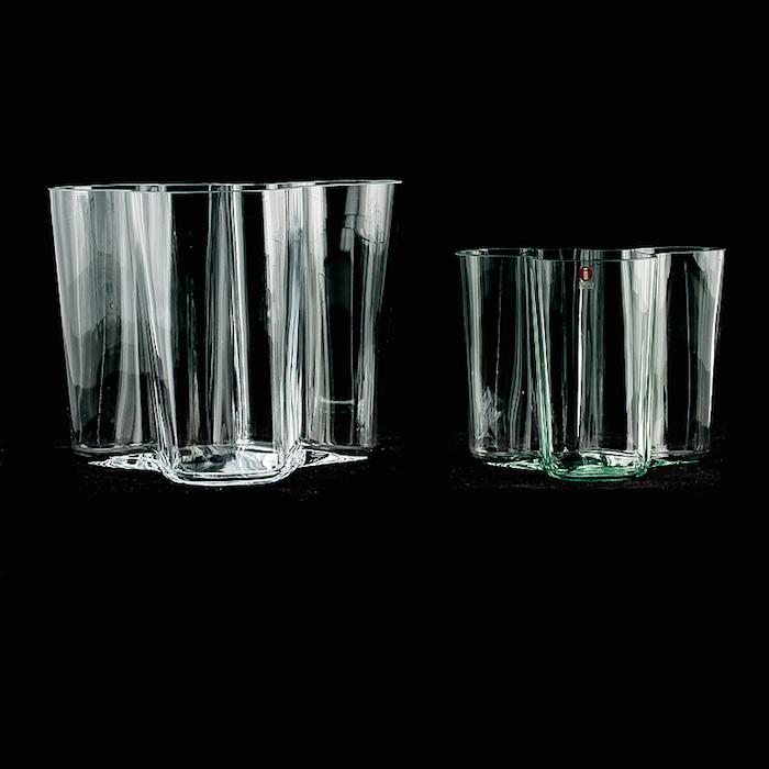 VASER. 2 st, Savoy, Alvar Aalto, Iittala.Utropspris: 1 500 SEK: Bukowskis Market