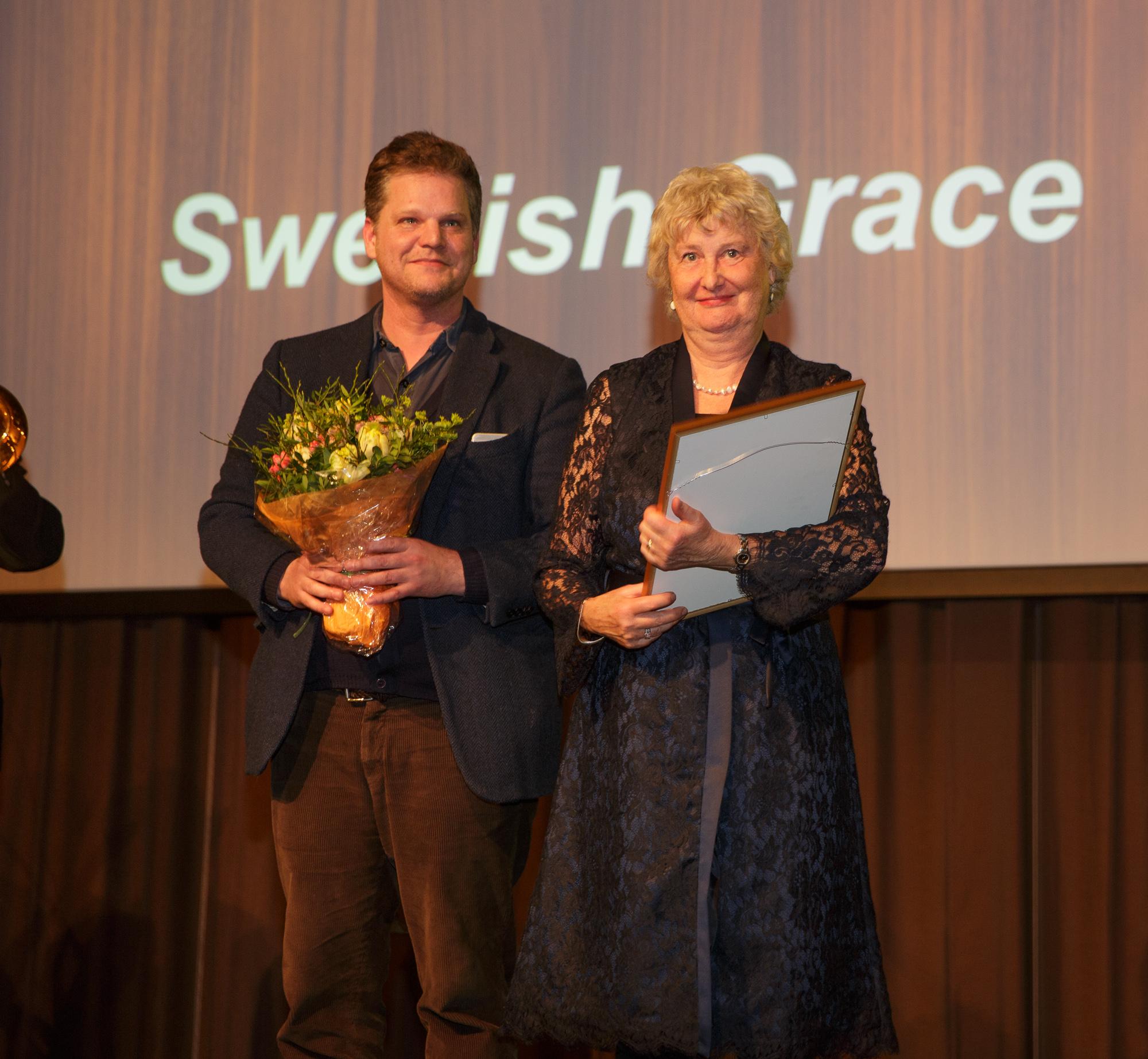 Gunnela Ivanov tog emot pris för Årets Bok