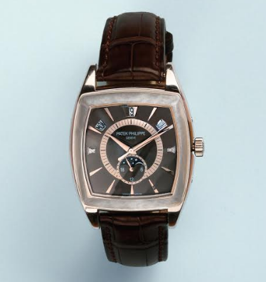 "Rare platinum watch ""PATEK PHILIPPE"", model ""Gondolo Calendario"" once owned by A. Delon"