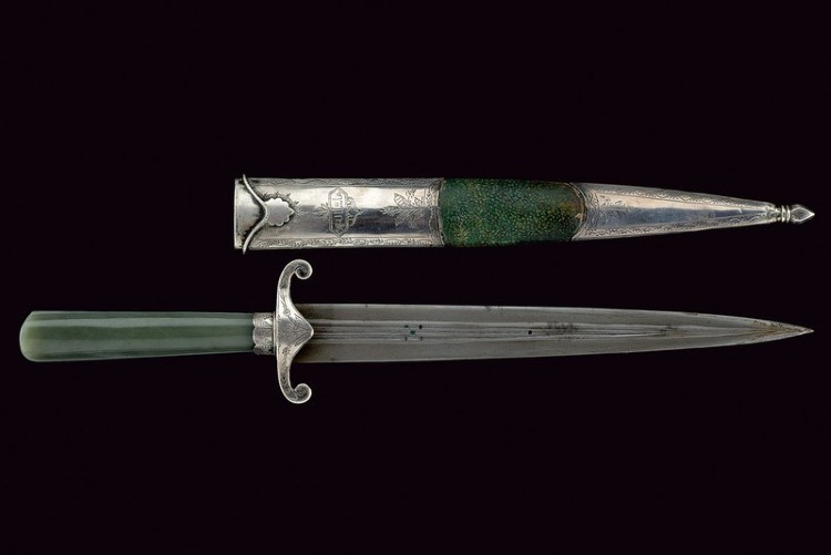 An elegant jade and silver mounted dagger. Low estimate: 7 600 USD