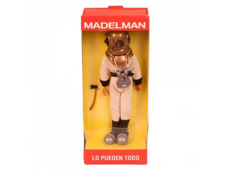 Antiguo muñeco MADELMAN escafandrista