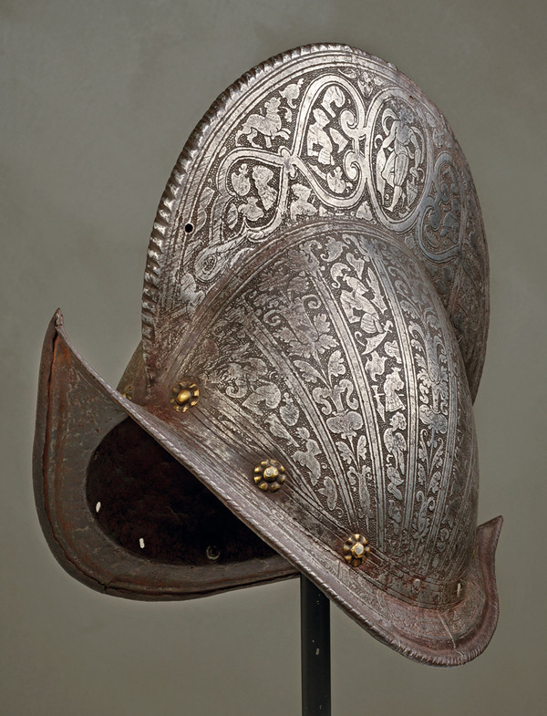 Very rare Morion with high crest, Northern Italy, circa 1600