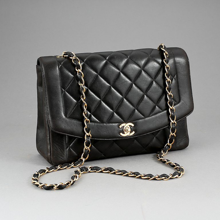 Handväska, Chanel, inköpt 1996/97. Utrop: 15 000 SEK. Bukowskis market