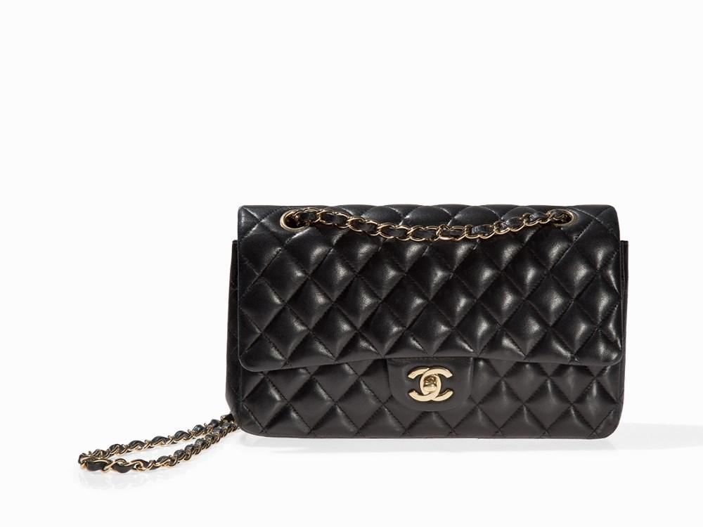 "Chanel, ""2.55"". På auktion hos Auctionata."