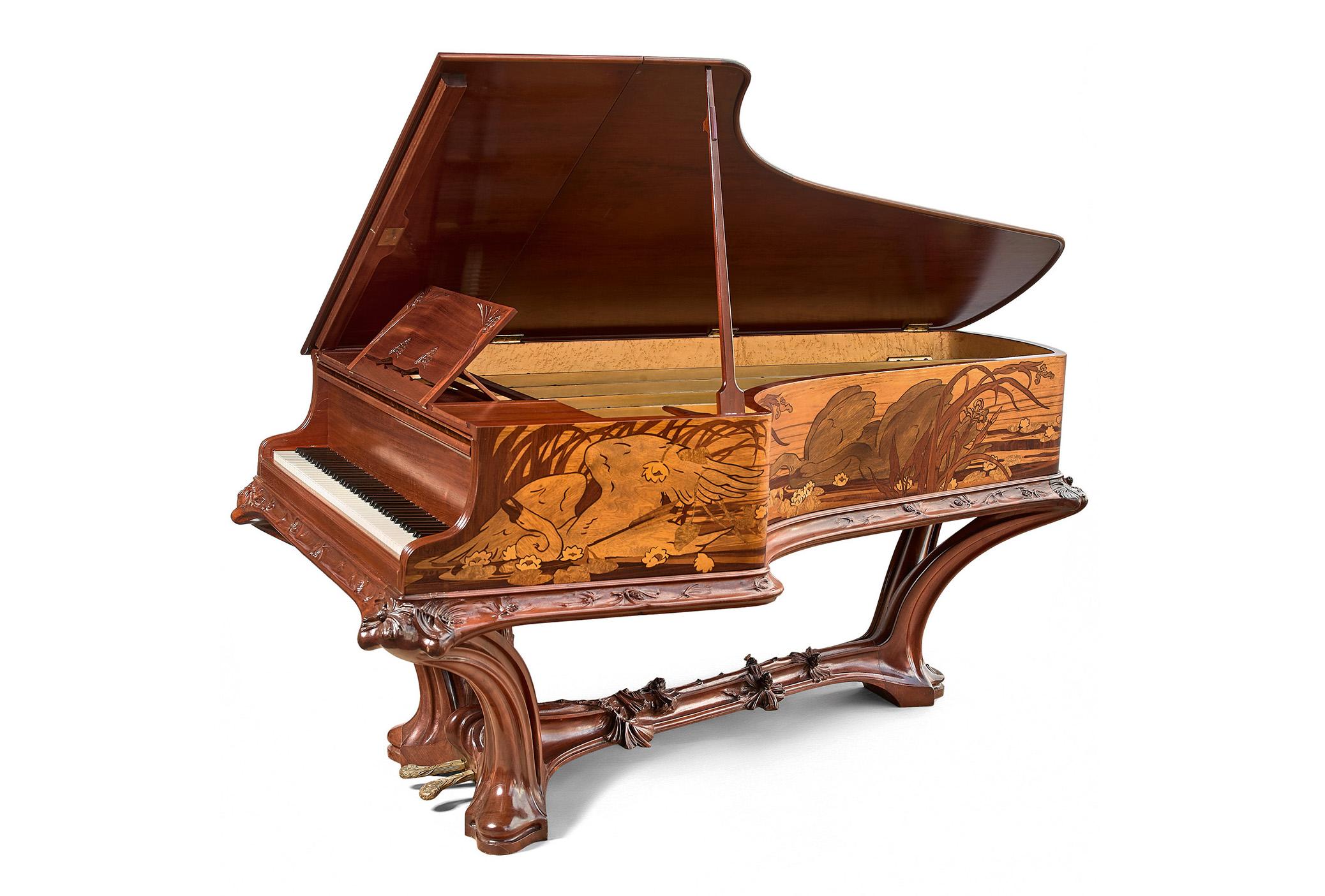 Louis Majorelle et Victor Prouvé, La Mort du Cygne, 1903, piano 1/2 queue, image © Tajan