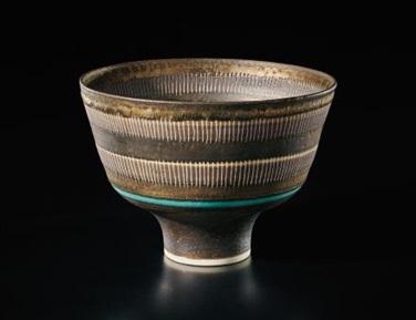 Lucie Rie, Straight-sided bowl, ca. 1978. 2017 versteigert für 171.000 Euro | Foto: Philipps
