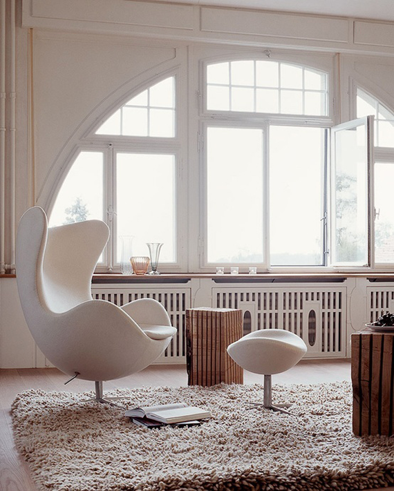 Arne-Jacobsen_auction_barnebys_egg-Chair_5