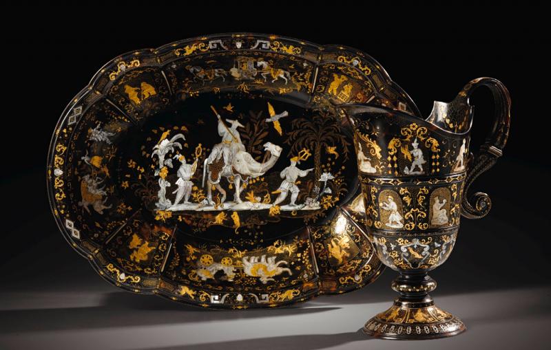 Aguamanil y jofaina con incrustaciones de oro y nácar. Nápoles (primera mitad del siglo XVIII)