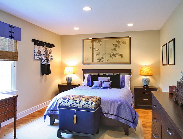 Luxurious-purple-in-the-bedroom-with-Asian-theme