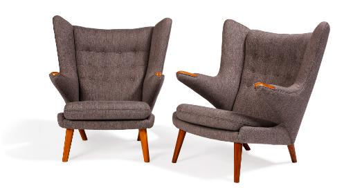 """Hans J. WEGNER (1914 - 2007) Paire de fauteuils modèle AP19 dit """"Papa Bear"""""""
