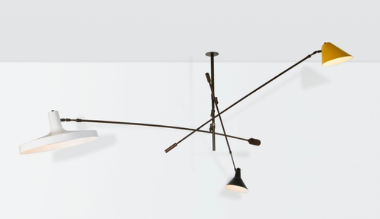 Stilnovo Lamp with Extendable and Adjustable Brass Arms. Photo: Cambi Casa d'aste