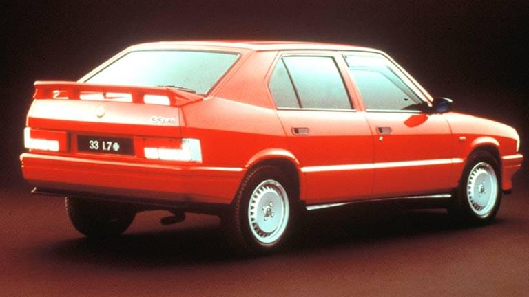 L'Alfa Romeo 33.