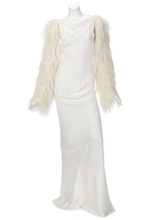 Klänning tidigare buren av Lady Gaga. Utrop: 49.100 sek. Julien's auction
