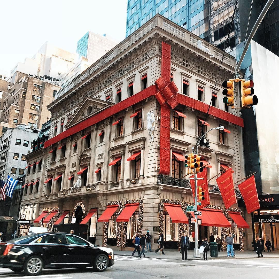 The Cartier flagship store: the Cartier Mansion on Fifth Avenue, New York. Image: Pinterest