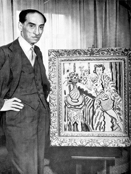 Alexandre Rosenberg en 1941 devant un tableau d'Henri Matisse Photo via the NYTimes