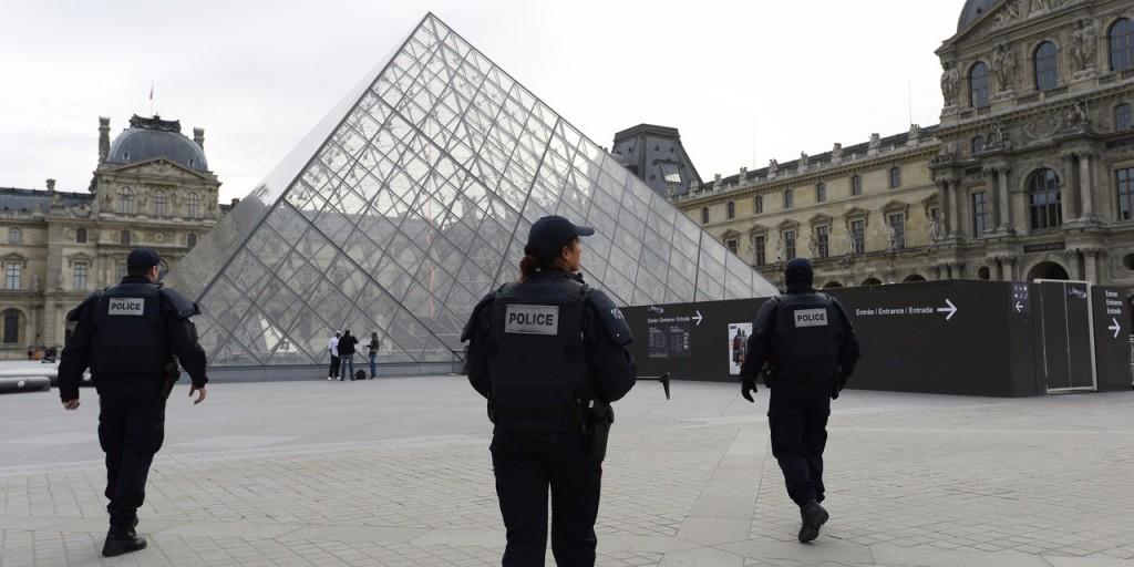 Le Louvre sous haute surveillance Image BERTRAND GUAY / AFP
