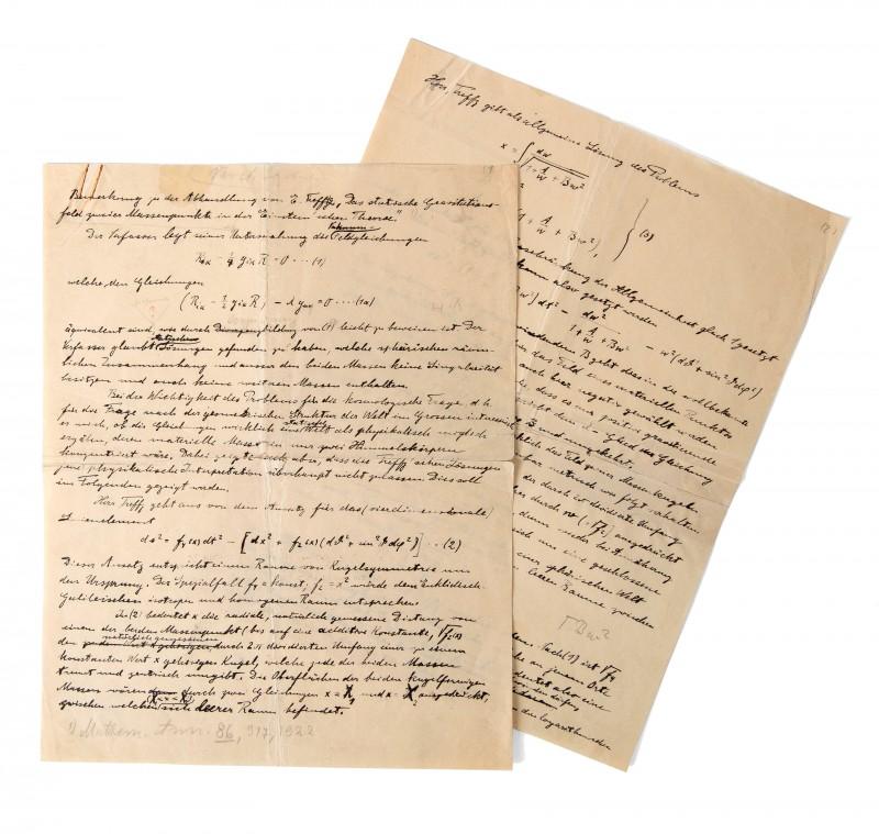 Albert Einsteins manuskript såldes för 1,4 miljoner kronor och landar nu i Nobelmuseets samlingar